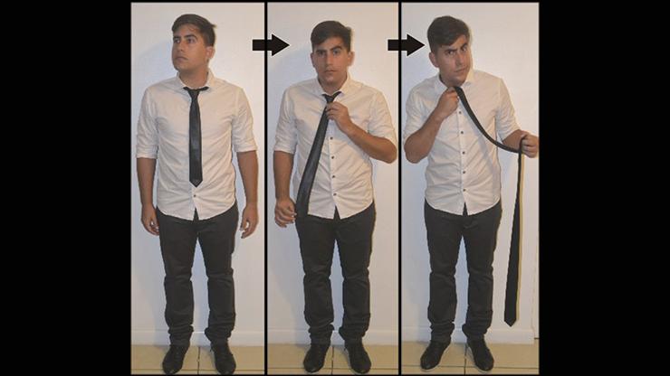 Comedy Necktie (Blue) by Nahuel Olivera